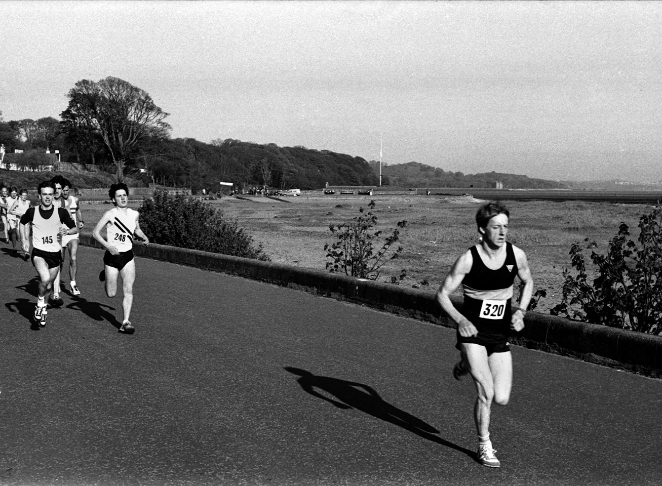 Peter Faulds (FVH) Cramond 5 miler 1983