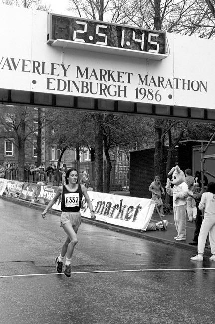 Edinburgh, 1986. pi - Macindoe