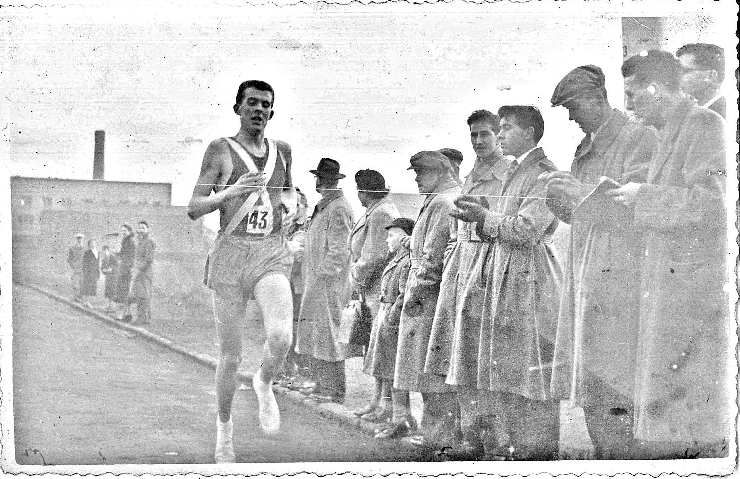bill-goodwin-clydesdale-harriers-youths-ballot-race-1955