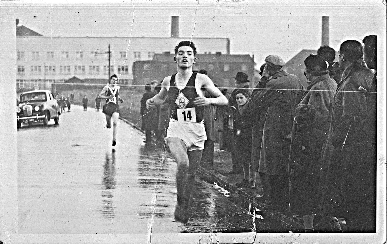 eddie-sinclair-and-bill-goodwin-clydesdale-harriers-youths-ballot-race-1954