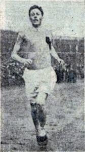D McPhee Hampden 4.30.8 mile 1914